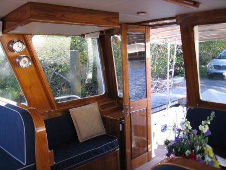 Expert Craftsmen For Your Marine Vessel- Expert Craftsmen For Your Marine Vessel foyer captains area