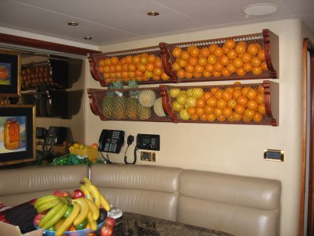 Smart Storage For Your Yacht Vessel in Florida oranges