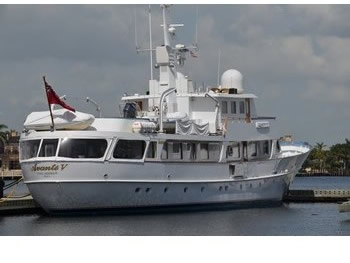 A large yacht with VSAT sattelite